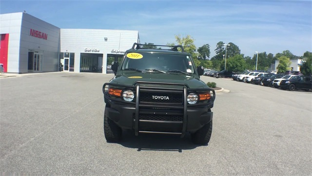 Pre-Owned 2011 Toyota FJ Cruiser Base
